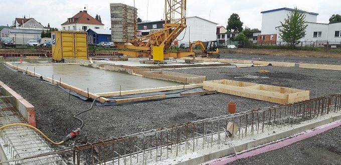 Baubeginn Glinicke Jaguar/Landrover